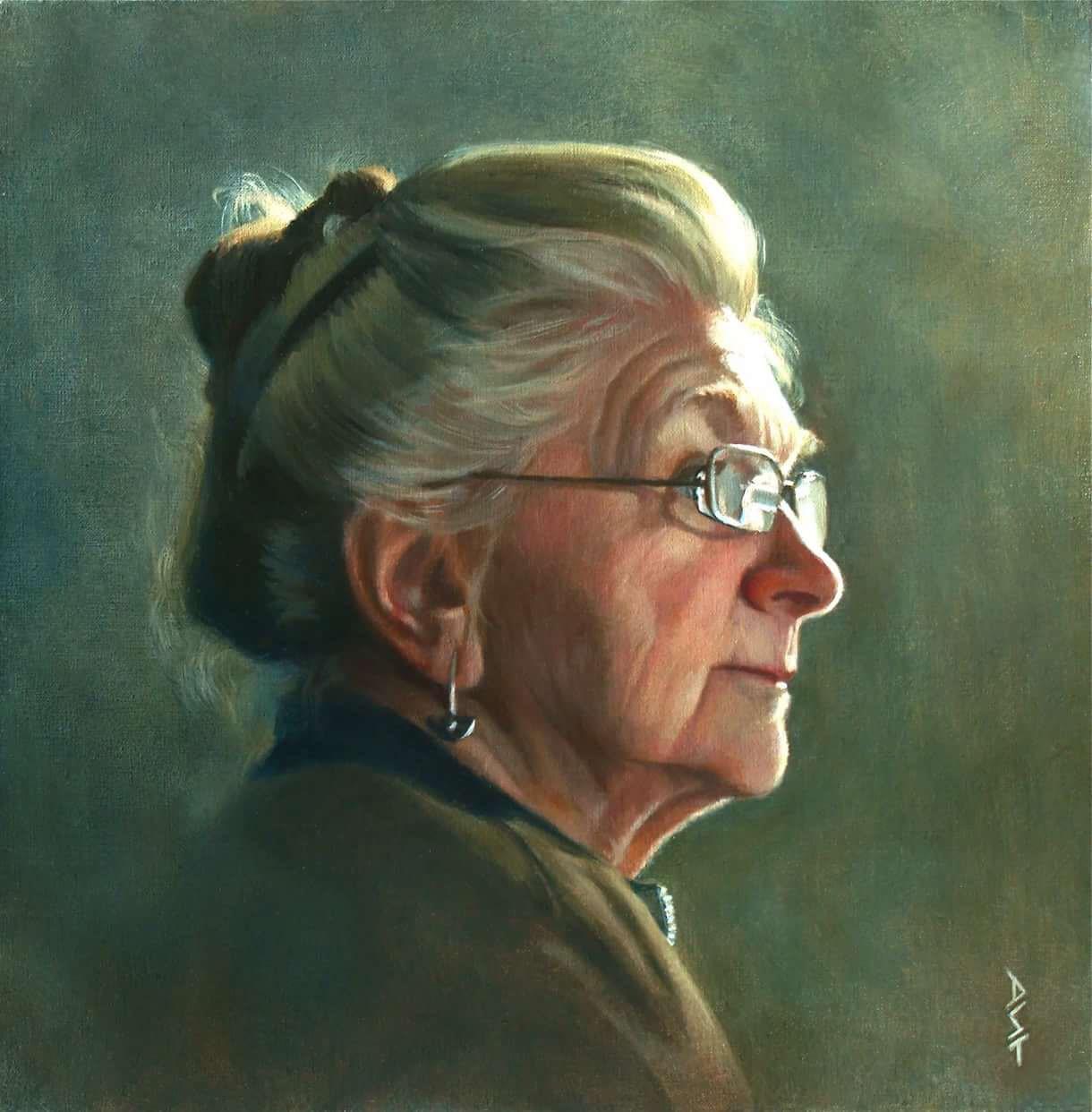 портрет зрелой женщины